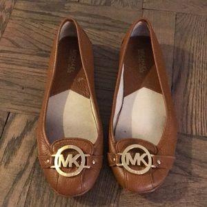 Authentic Michael Kors tan flat shoes